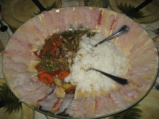 G&G's Clearwater Paradise: Hernan's catch becomes fresh cut sashimi with stir fry