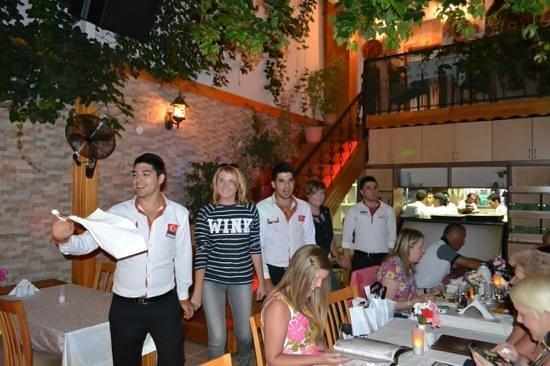 Saray Restaurant : Halay-dance...