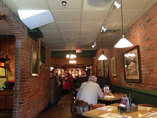 Schmidt's Sausage Haus und Restaurant: Dining Area