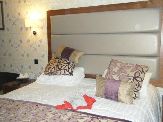 The Borrowdale Hotel: bedroom 52