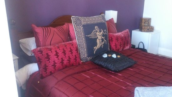 Seaforth B&B: comfy bed