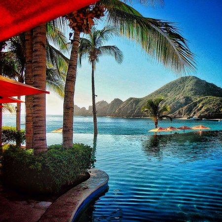 Hacienda Beach Club & Residences : View from pool