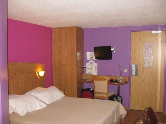 Hotel De La Plage : Наша комната