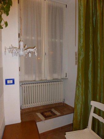 Maria Capellini Rooms: window to the Sea! the little harbor)