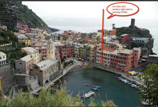 Maria Capellini Rooms: vernazza from our hike
