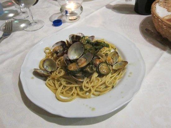 Villa San Michele : Linguine & clams