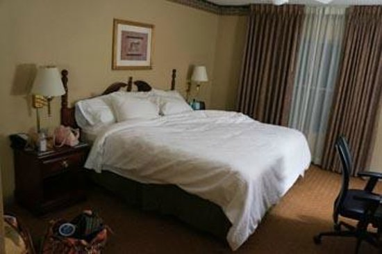 Homewood Suites by Hilton Charlotte Airport: One of two spacious bedrooms