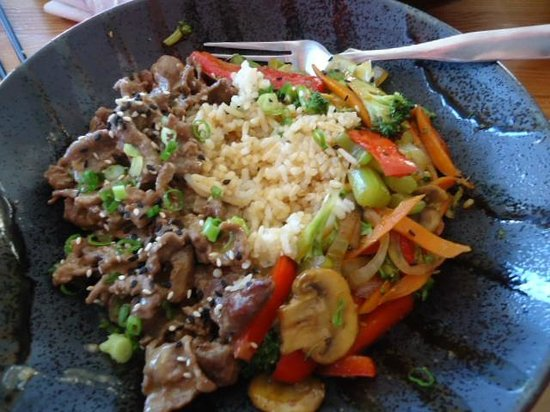 Rice Monkeys : Sorry, DH dug in to my Sautéed Sesame Beef Rice Bowl, VERY ONO!!
