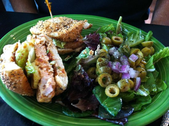 Cool Mint Cafe: Thai Salmon Burger with Cool Mint Salad - love the green olives!