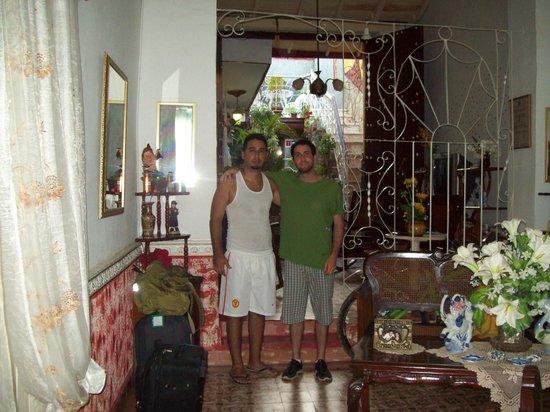 Hostal Remanso de Paz: hall de entrada