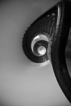 Auckland Art Gallery Toi o Tamaki : A staircase from a section of the original building