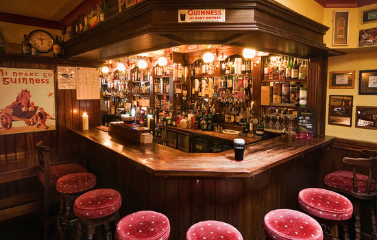 Lowry's Bar : Bar Counter
