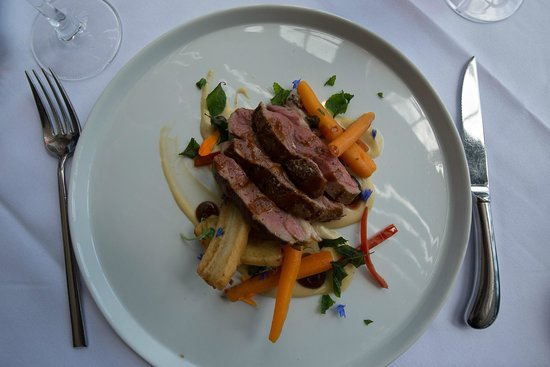 Mudbrick Vineyard & Restaurant : Lamb with banana, chilli, sage and carrots