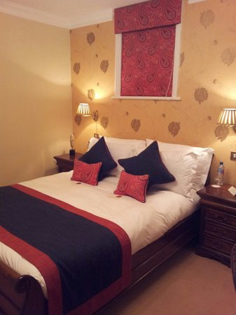 The Clarence Hotel: Room 3