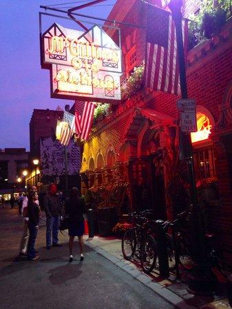 McGillin's Olde Ale House: Irish Roots