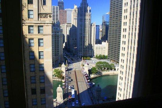 Comfort Suites Michigan Avenue / Loop: View