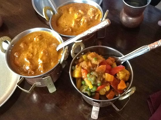 Shandhar Hut: Tasty food served in 'fondu type' dishes