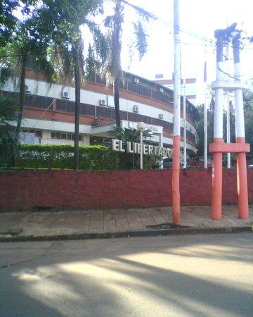 El Libertador : hotel por fuera