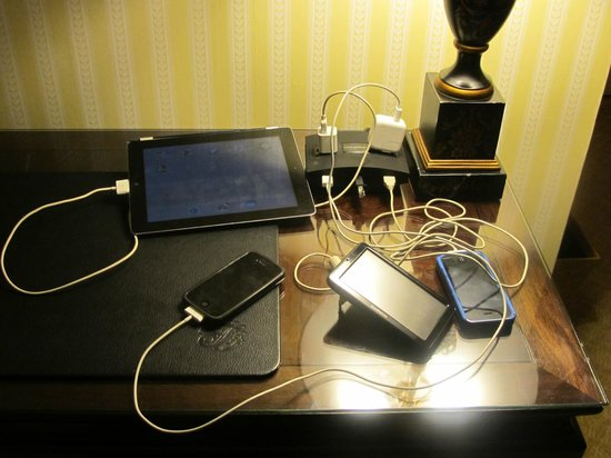 The Fairmont Olympic Seattle: Charging station with some of our multiple electronic devices.  Thank you!