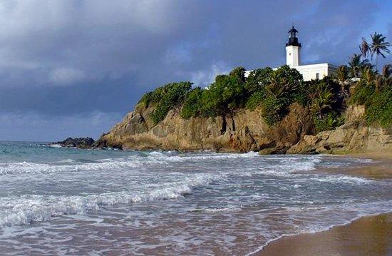 เปอร์โตริโก: Faro Punta Tuna, the Maunabo lighthouse