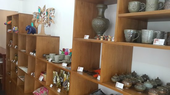 JUM Boutique Arts & Crafts Cafe