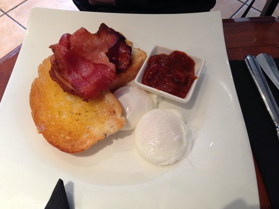 Exeter Bakery In The City: Bacon n egg