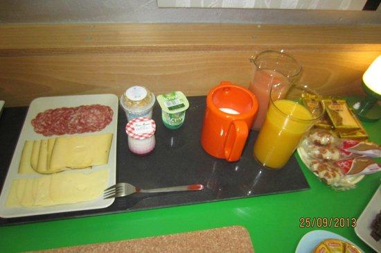 Heart of Brussels B&B: Breakfast