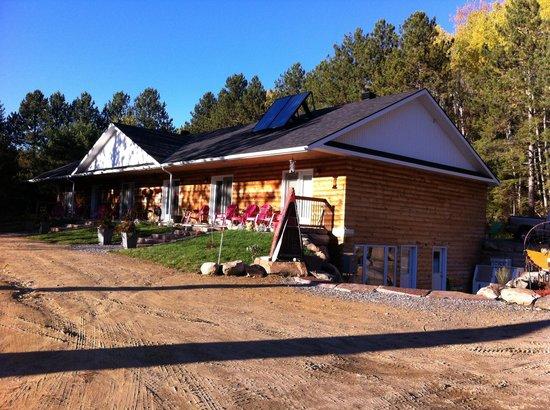 Algonquin Dream Catcher Motel: Morning atmosphere