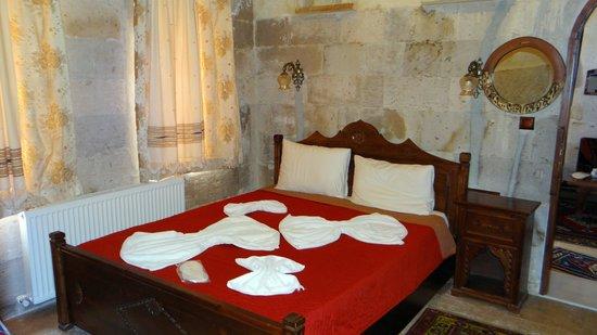 Vineyard Cave Hotel : Arched Suite - Bedroom 2