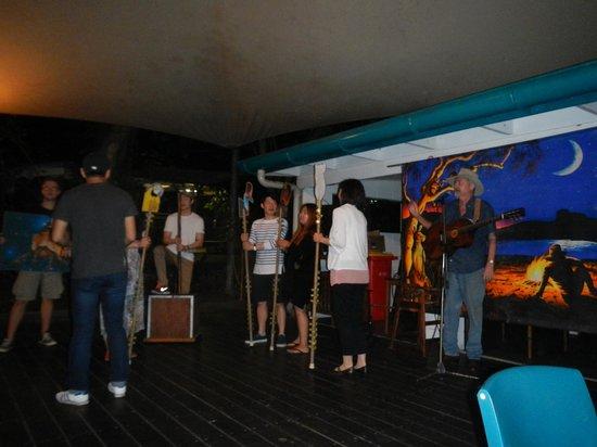Cairns Night Zoo : 見学の後は楽しいパーティ