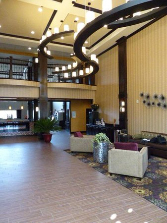 Holiday Inn Express Hotel & Suites Clearfield: Lobby