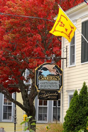 The Provincetown Hotel at Gabriel's: Fall colors