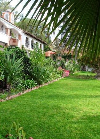 Rancho Hotel El Atascadero: Jardín