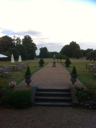 Chilston Park Hotel: The garden view from the restaurant