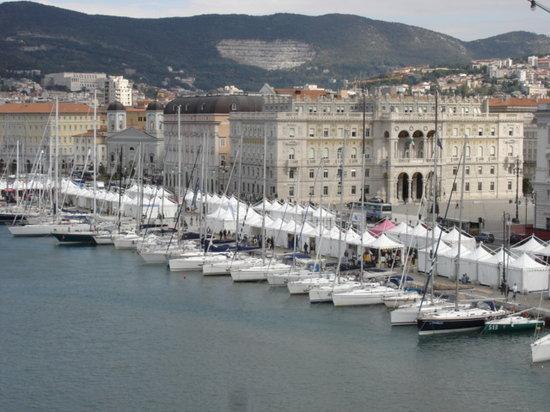 Golfo di Trieste: Der Hafen