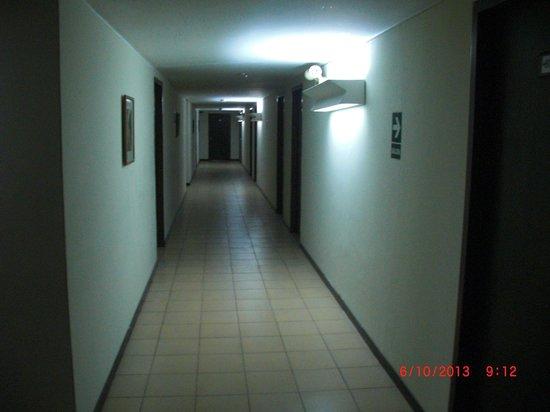 San Agustin Riviera Hotel: Pasillo del piso 6