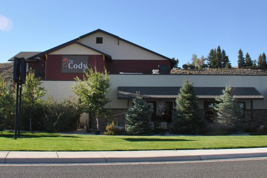 The Cody Hotel: Hotel from the street