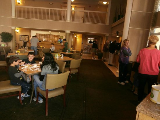 La Quinta Inn & Suites Flagstaff: Lobby