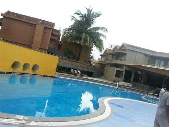 Whispering Palms Beach Resort: a