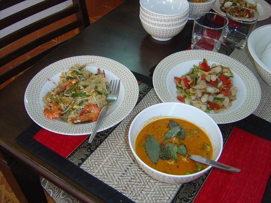 Phuket Thai Cooking Class : The end product.