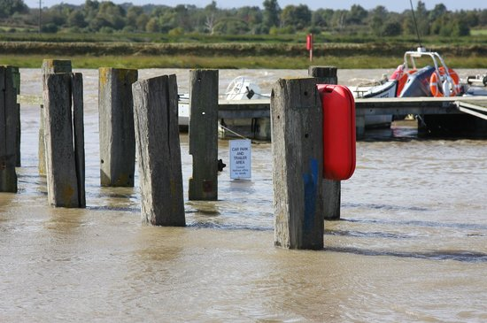 Southwold Sailors' Reading Room: Southwould Harbour Parking space beside the public slipway at High Tide 6 October 2013