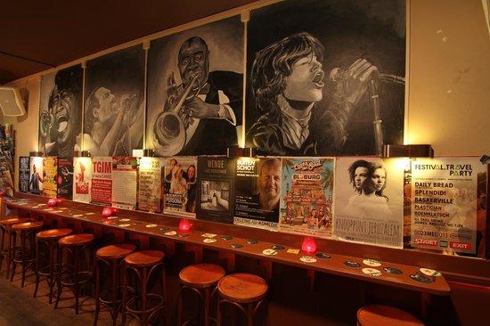 CC Music Cafe: De nieuwe wandschilderingen
