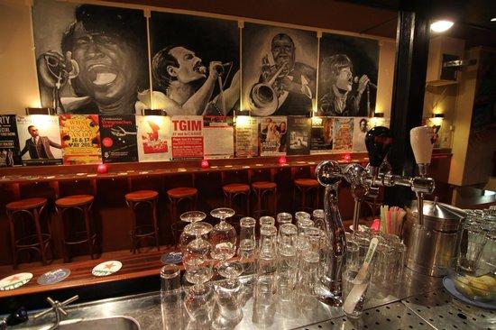 CC Music Cafe: Wij doen workshops, recepties, afscheidsfeesten, afstudeer-fuifen, etc, etc.