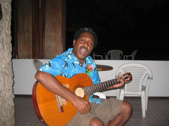 Tara Beach Bungalows: Singing sensation Lulu