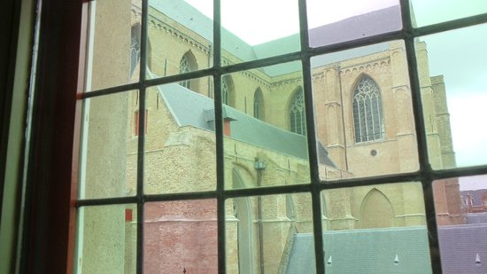 Hotel Salvators: Sint Salvator's cathedral through the window
