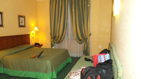 Ateneo Garden Palace Hotel: Our Room