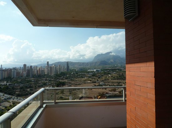 Hotel Levante Club & Spa: View to the side
