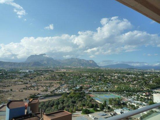 Hotel Levante Club & Spa: View from balcony around the corner