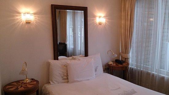 Hotel Schimmelpenninck Huys: Prima bed maar wel erg smal voor 2 personen