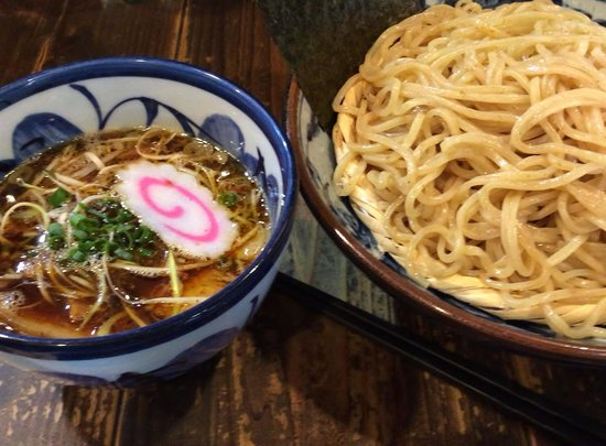 Menguramomiji: 醤油つけ麺